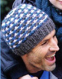 шапка связанная ленивым узором