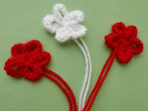 цветочки связанные спицами